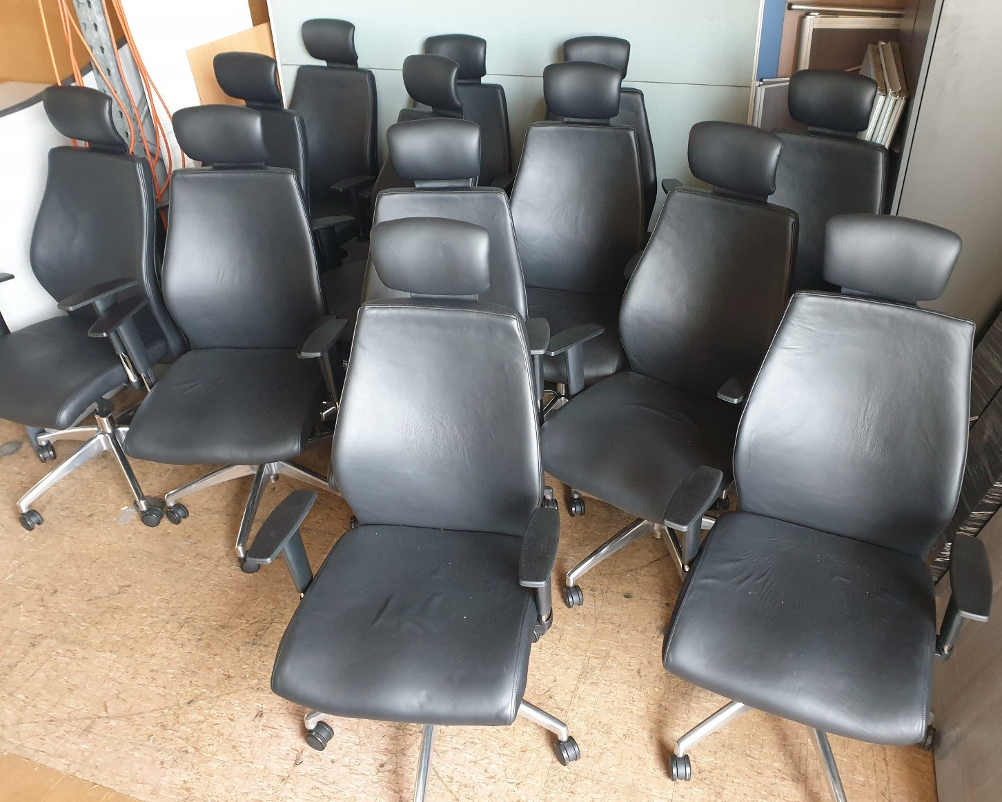Black Leather Boardroom Chairs