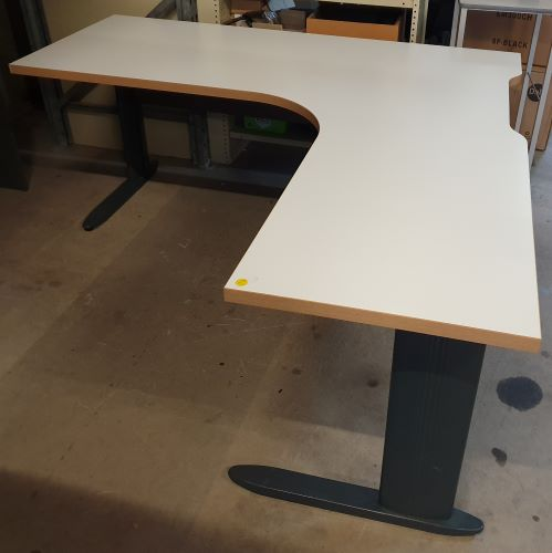Secondhand Office Workstations